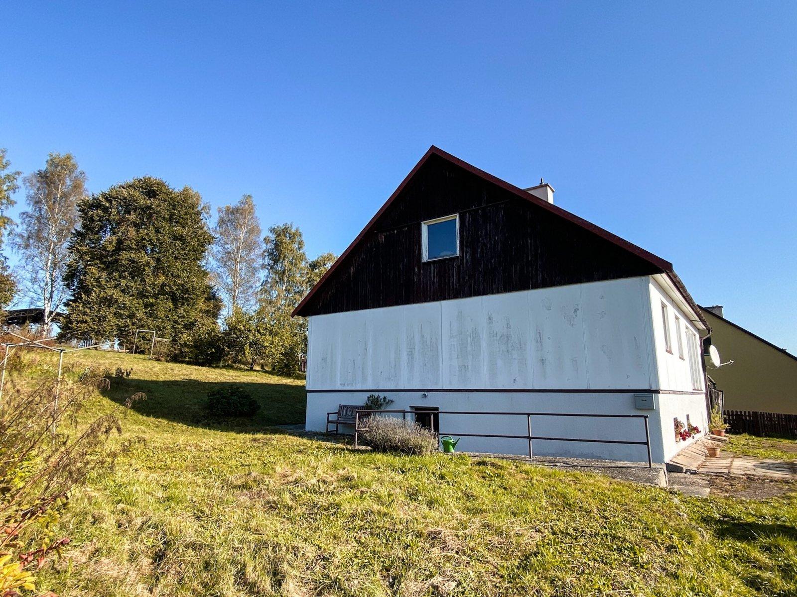 Rodinný dům s možností vestavby, rozsáhlé pozemky, Teplice nad Metují, okres Náchod