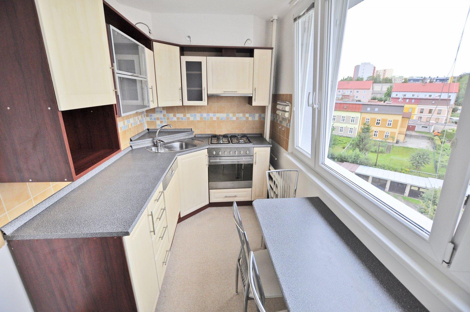 Rezervováno: Byt 3+1 s lodžií, po rekonstrukci, Trutnov - centrum, ulice Křižíkova