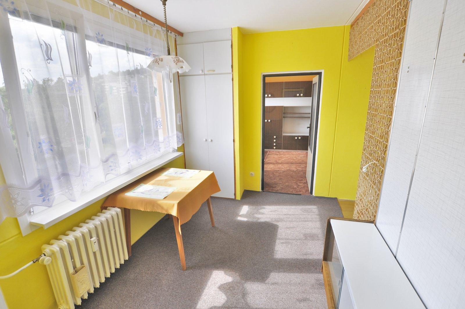 Rezervováno: Byt 2+1 s balkonem, osobní vlastnictví, Trutnov - širší centrum, Náchodská ulice