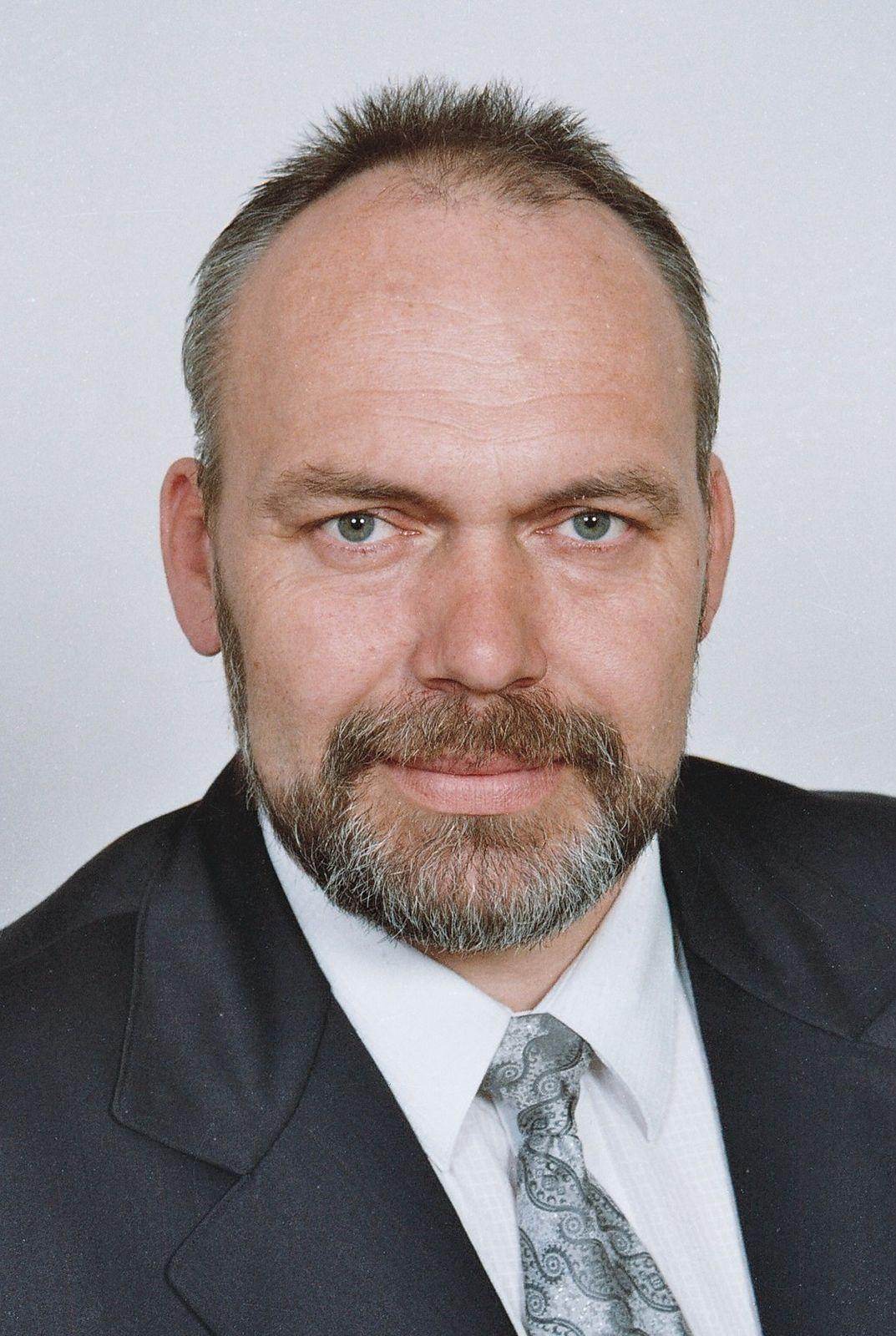 realitní makléř: Ladislav Chaluš